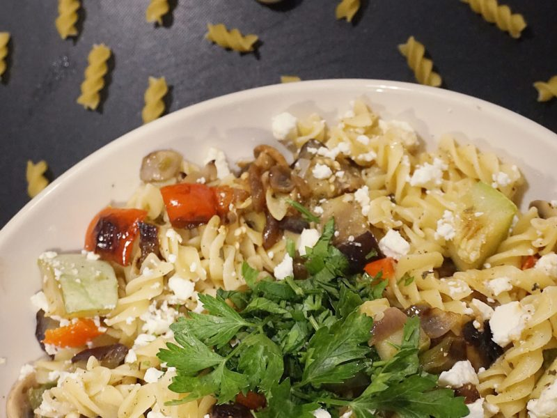 Salata vegetariana de paste-marinată Meniu